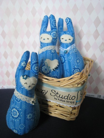 blu rabbit